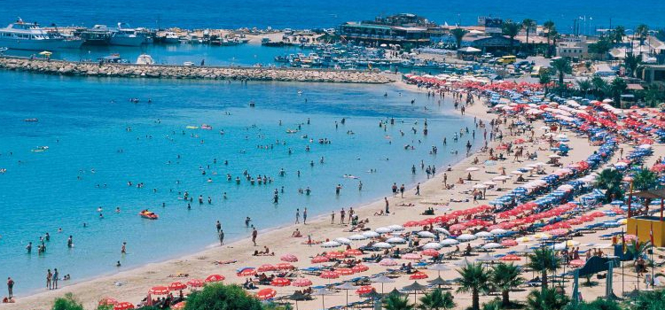 Revenue of more than 3.5 million euros from beaches in 2017