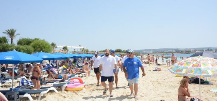Ο Δήμαρχος Αγίας Νάπας επιθεώρησε τις παραλίες