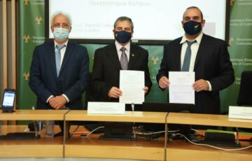 Το ΥΜΕΕ  και το Πανεπιστήμιο Κύπρου επισφραγίζουν τη συνέχιση της συνεργασίας τους στον τομέα των μεταφορών